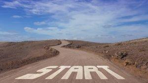 Succesul vine de obicei la cei care sunt prea ocupaţi să-l caute. Henry David Thoreau